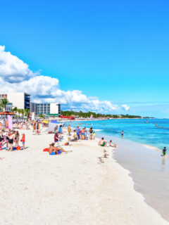 Cancun & Area Beaches Remain Open While Bars Must Close