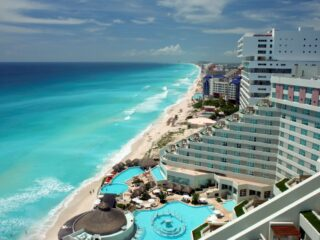 Top 5 All Inclusive Resorts in Cancun For 2021