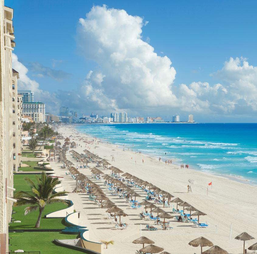 Cancun hotels on beach