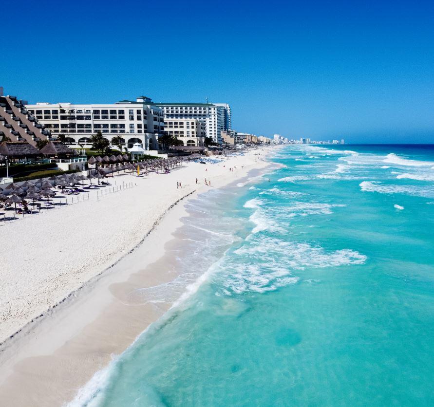 Beach front hotels in Cancun