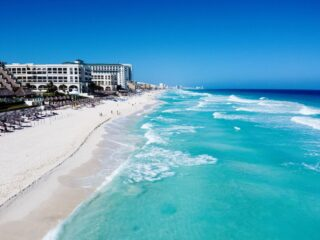 Cancun Resorts Offering Free 14 Day Stays If Guests Test Positive