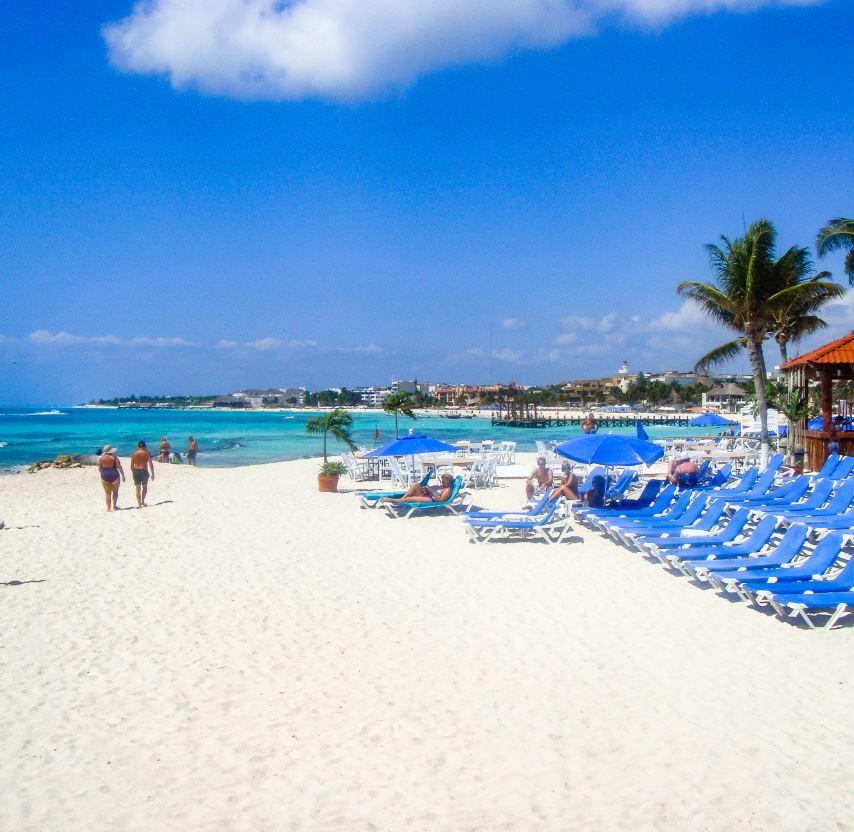 White Sand Beach Cancun