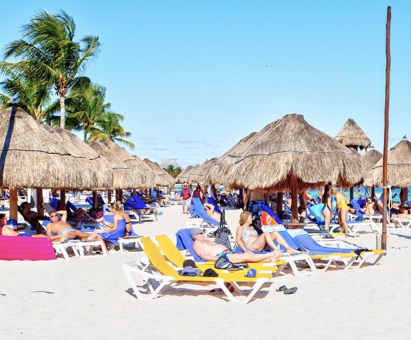 Riviera Maya beach tourists
