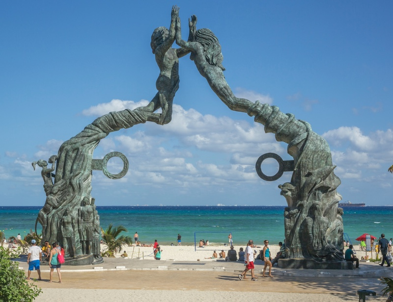 The Parque Fundadores, Playa del Carmen