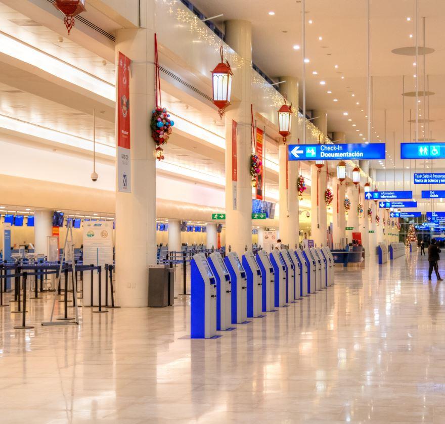 Cancun-Airport-machines