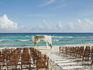 Top 6 Cancun Resorts With Wedding Packages