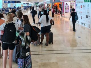 Cancun See Record Breaking Surge Of New Covid Cases And Could Move To Red Alert