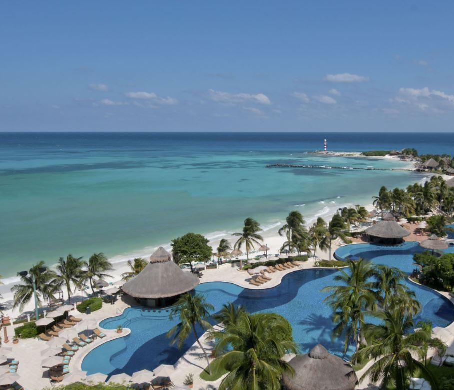 Grand Fiesta Americana Coral Beach Resort