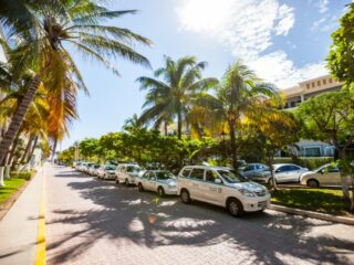 After weeks of warnings from Governor Carlos Joaquín González, several roads that are vital for transportation around Playa del Carmen are now closed to nighttime traffic.