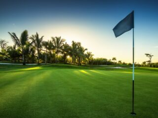 Take a swing at one of the Caribbean's top rated golf courses. The mix of perfectly manicured greens, fresh Caribbean air, a couple margaritas and perhaps even a few mulligans is a recipe for a fun filled day under the Mexican sun! Here are 6 courses with breathtaking views and a tee time waiting for you.
