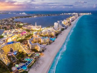 5,000 new rooms in the Mexican Caribbean will be built by the end of 2021, raising the numbers to 120,000. This hotel expansion is going to bring some fresh and exciting things for travelers to enjoy.