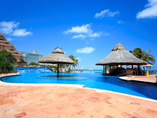 Cancun is blessed with stunning beaches, turquoise ocean, and hot, sunny days. It's also full to the brim with All-Inclusive resorts. Huge or petite, expensive or a steal, there's something here to suit all tastes and pockets.