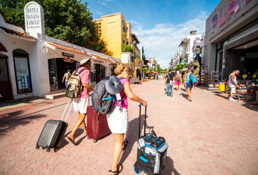 You could argue that there's no bad time to visit Cancun. And in a lot of ways, you'd be right. But there are certain times of the year when it might be better to visit. For some people, weather is the factor that decides when they go on vacation. For others, it's when they can snag a bargain. Some will want to avoid the crowds - or to seek them out. Based on those preferences, here are some tips to help you decide when's best to take your next well-earned All-Inclusive vacation to Cancun.