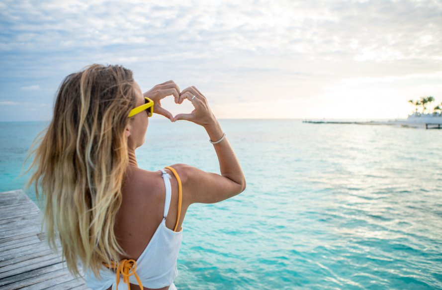 There's a dizzying array of destinations to visit in the world. So why do so many of us choose to spend our vacations in Cancun over and over again? There must be something special about a place that attracts so many loyal visitors. Here are six reasons why we believe Cancun is the best vacation spot of all.