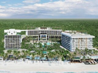 One of the Mexican Caribbean's next up and coming adult-only, all-inclusive resort is set to open February 11th 2022 - just in time for Valentine's day! Why not plan ahead and book you and your special someone a luxury tropical vacation at Playa del Carmen's new Secrets Moxché Resort?